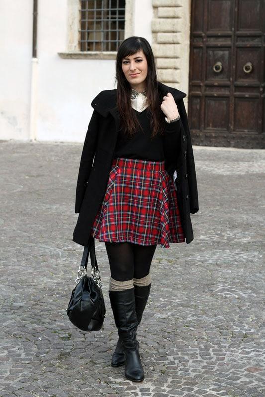 outfit-natale-gonna-tartan-alcott-stivali-borsa-betty-london-makeup-naked1