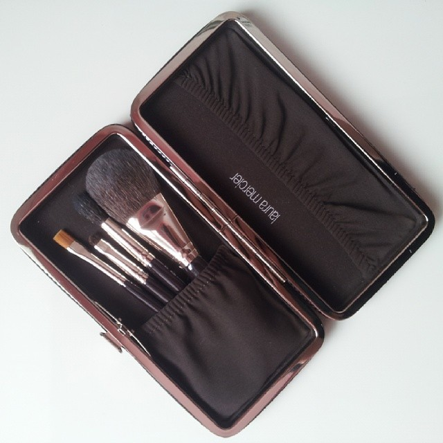 kit pennelli laura mercier