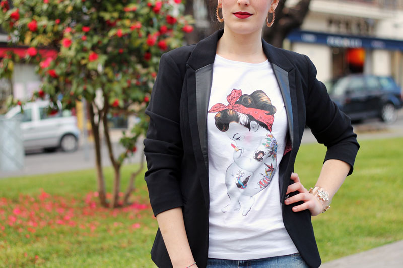 outfit casual rockabilly tshirt siamoises jeans boyfriend decollete