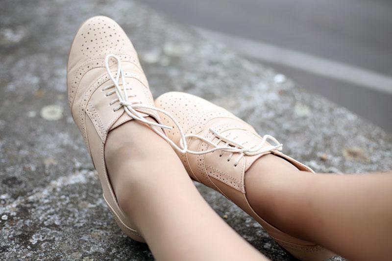 scarpe stringate rosa cipria