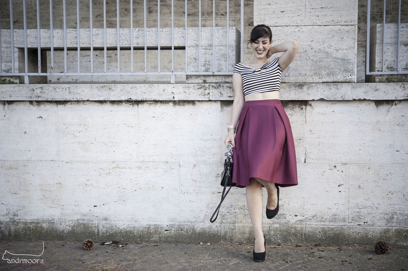 outfit midi skirt crop top pin up rossetto rosso fashion blogger roma