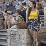 outfit sneakers glass lemonade liu jo midi skirt pois piazza di spagna roma