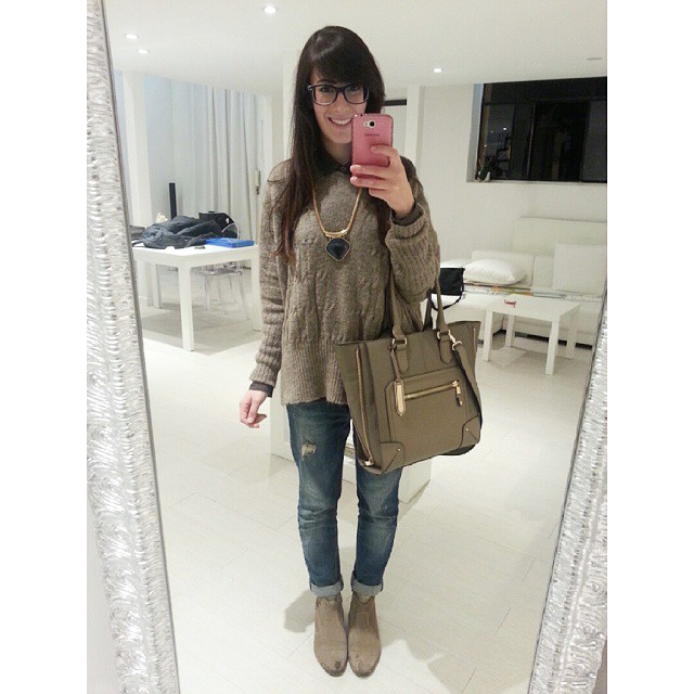 outfit-in-the-mirror-instagrma-fedelefreaks-4