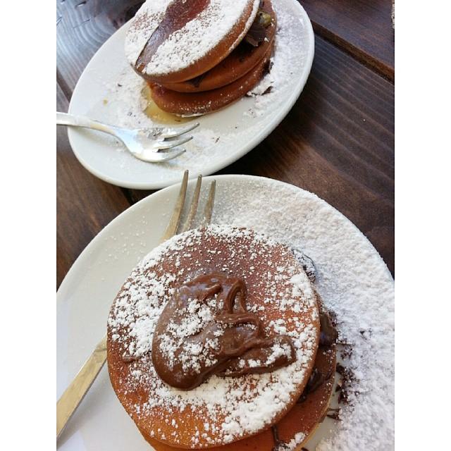 pancakes nutella colazione