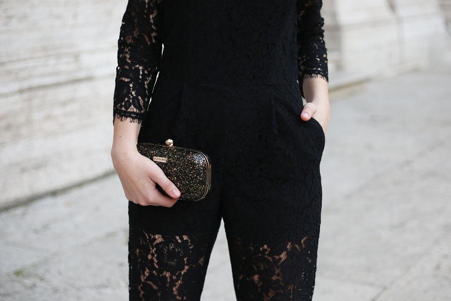 outfit-capodanno-tuta-pizzo-msgm-stivaletti-aldo-shoes-clutch-pomikaki-7