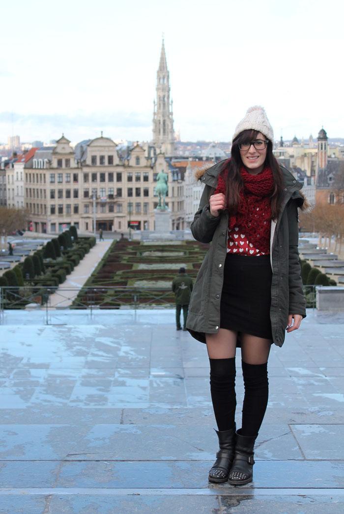 outfit-turista-inverno-bruxelles-parka-gonna-parigine-3a