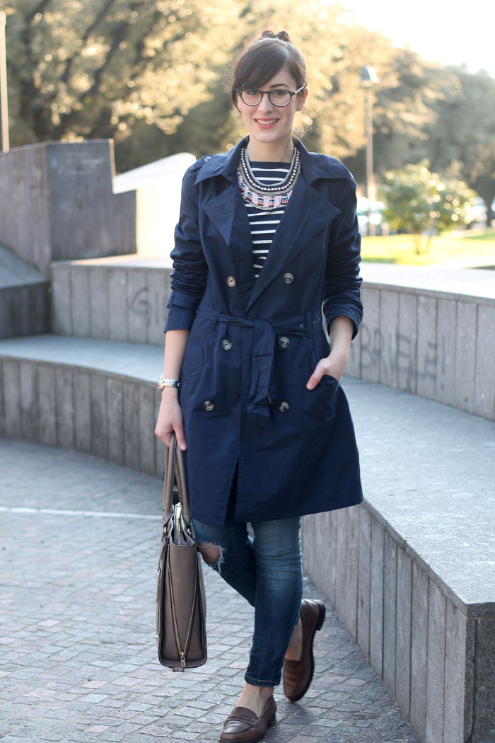 outfit-alla-marinara-primavera-trench-lidl-skinny-jeans-mocassini-3