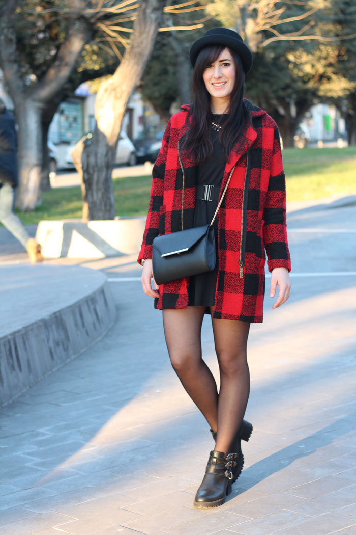 outfit cappotto check cut out boots mercante di fiori