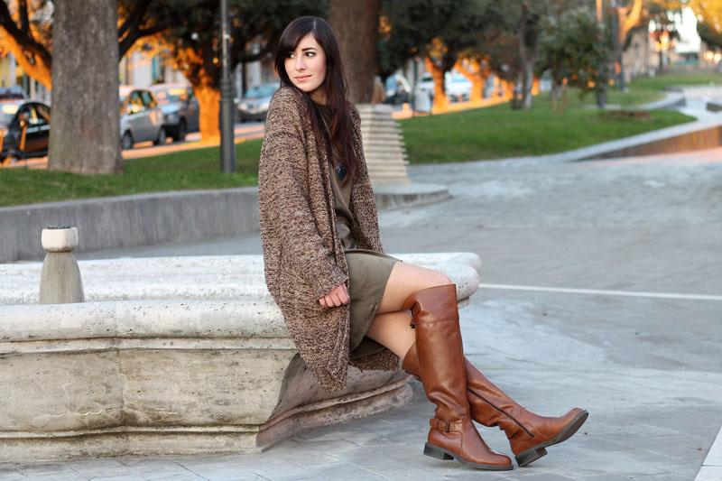 outfit-comfy-vestito-triple-a-cardigan-sheinside-stivali-aldo-shoes-1