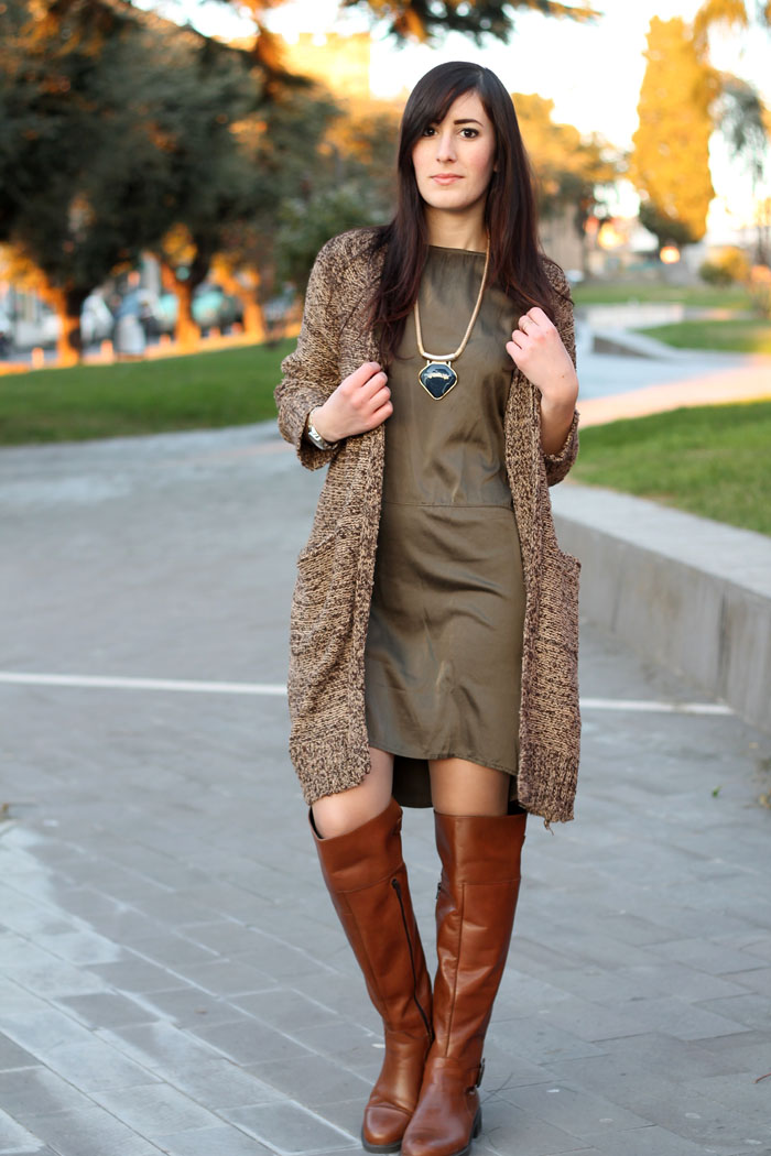outfit-comfy-vestito-triple-a-cardigan-sheinside-stivali-aldo-shoes-3