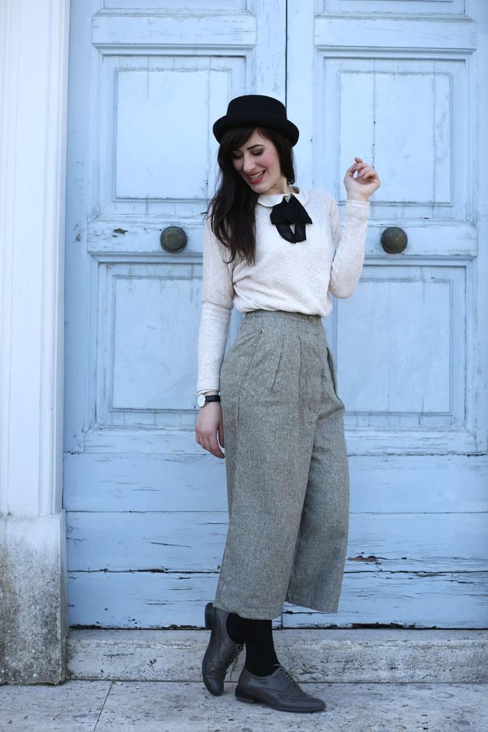 outfit-british-bon-ton-pantaloni-culotte-bombetta-3