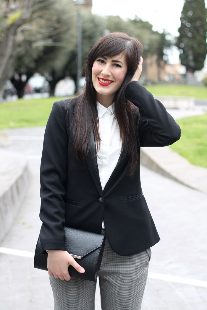 outfit-pasqua-garconne-boyish-elegante-camicia-bianca-blazer-7