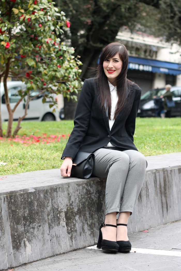 outfit-pasqua-garconne-boyish-elegante-camicia-bianca-blazer-8