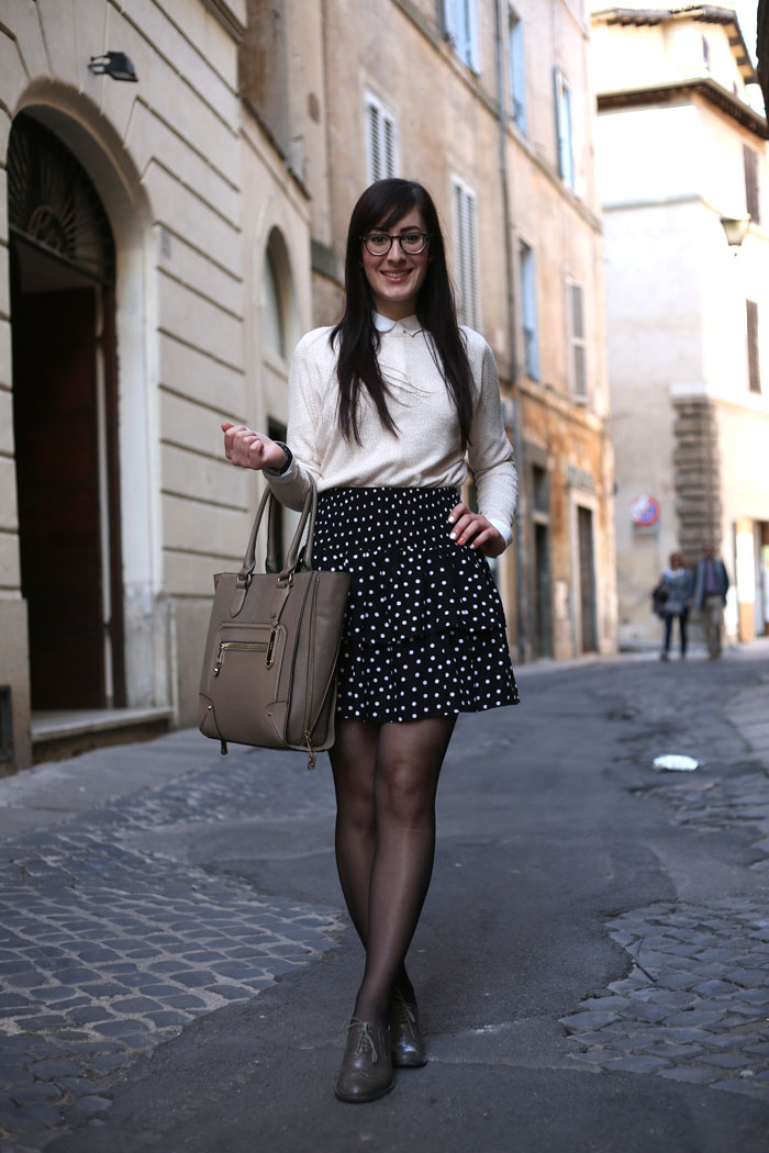 outfit-ufficio-bon-ton-gonna-pois-stringate-occhiali-2