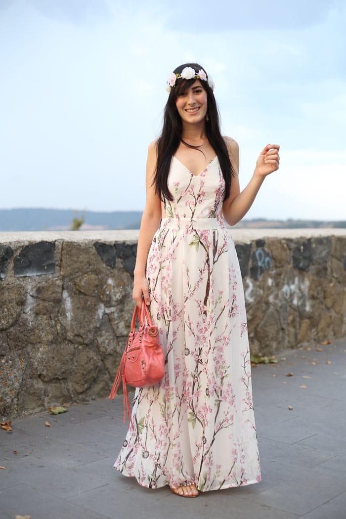 outfit-estate-vestito-fiori-lungo-schiena-nuda-hippie-boho-6a