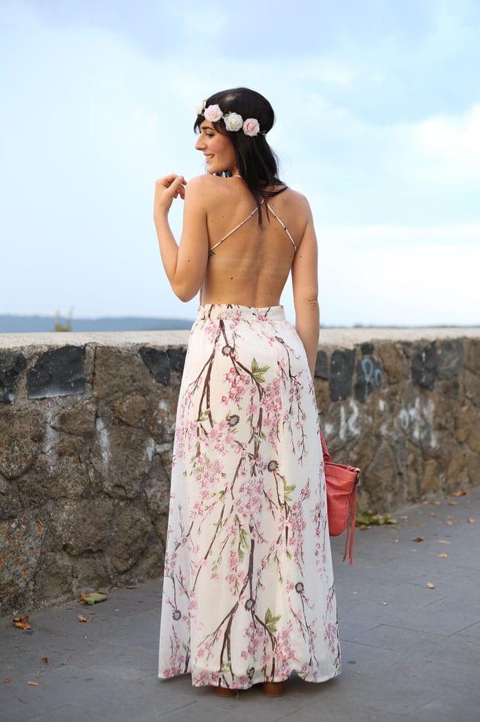 outfit-estate-vestito-fiori-lungo-schiena-nuda-hippie-boho-7