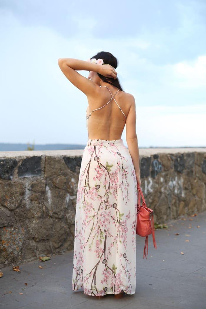 outfit-estate-vestito-fiori-lungo-schiena-nuda-hippie-boho-8