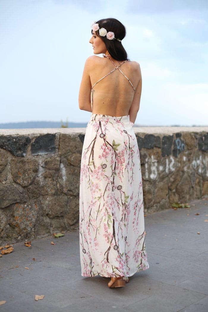 outfit-estate-vestito-fiori-lungo-schiena-nuda-hippie-boho-9