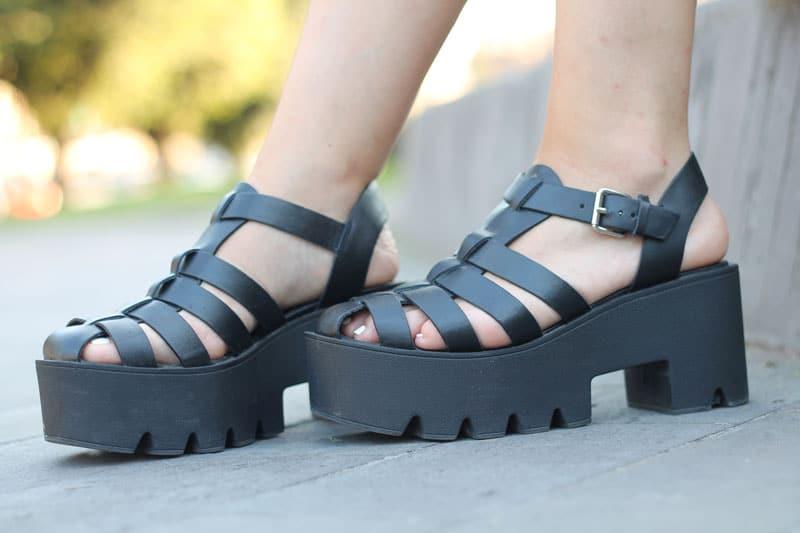 online store 44aff efec3 sandali-ragno-gabbia-cult-shoes-trend-estate-2015 | Le Freaks