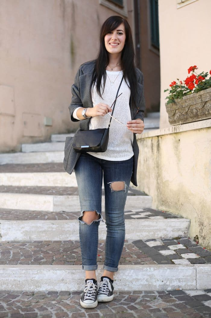 outfit-casual-essenziale-jeans-skinny-converse-blazer-3