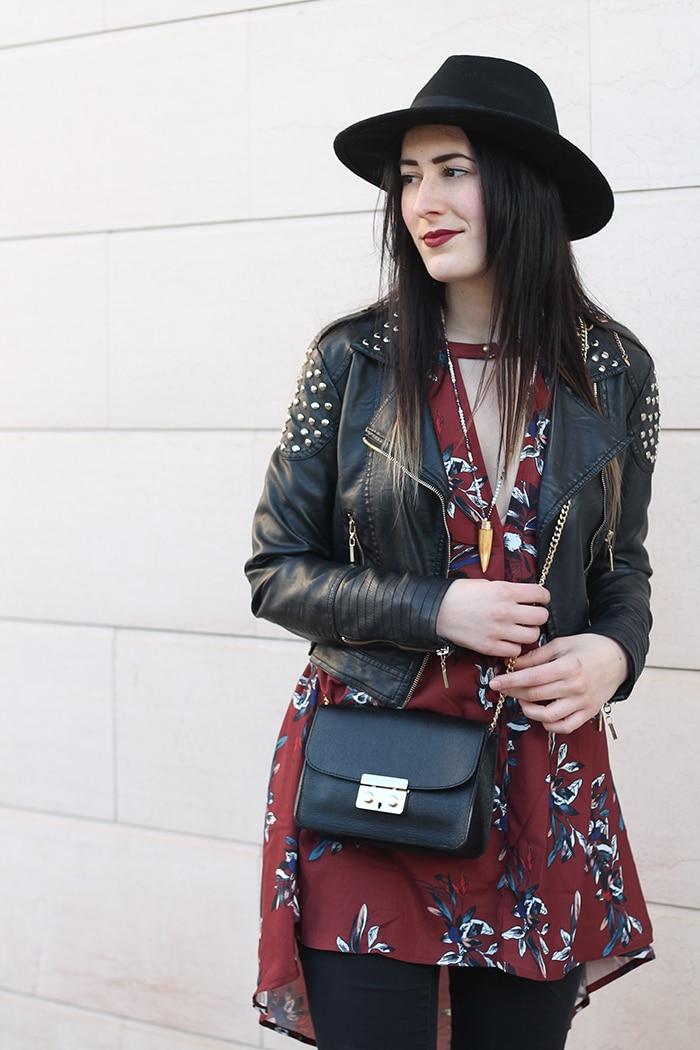 outfit-boho-chic-vestito-floreale-cappello-7a