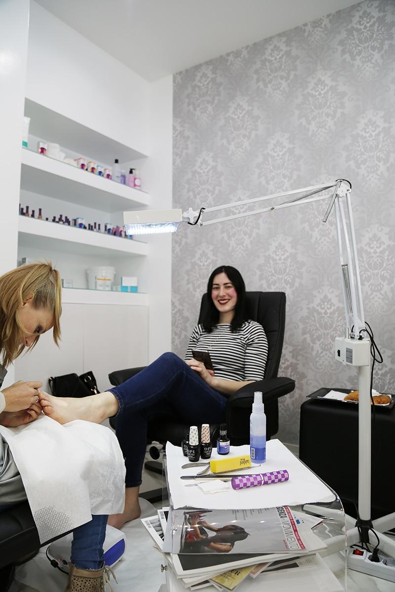 easy-chic-nail-salone-estetica-manicure-pedicure-extension-ciglia-roma-balduina-1