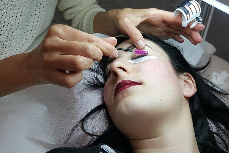 easy-chic-nail-salone-estetica-manicure-pedicure-extension-ciglia-roma-balduina-8