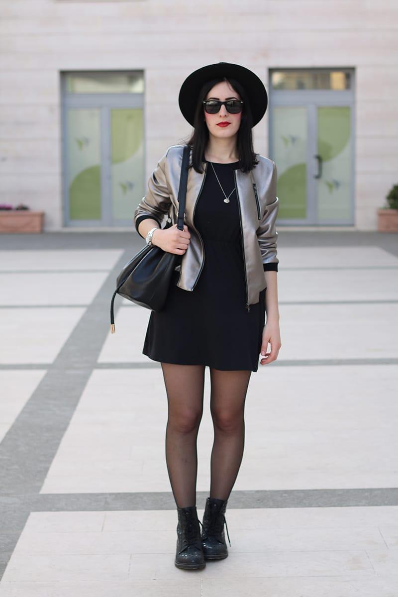 outfit-bomber-metallizzato-borsa-secchiello-3