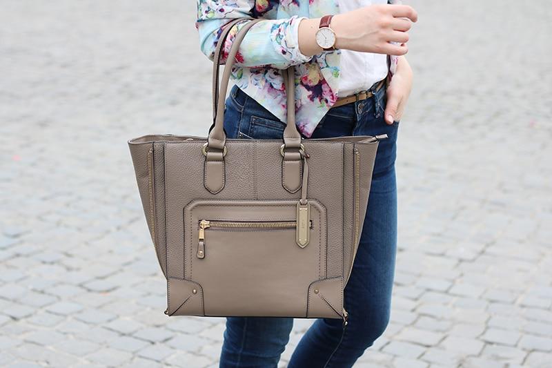 outfit-primavera-blazer-floreale-stringate-pittarello-fashion-blogger-roma-9