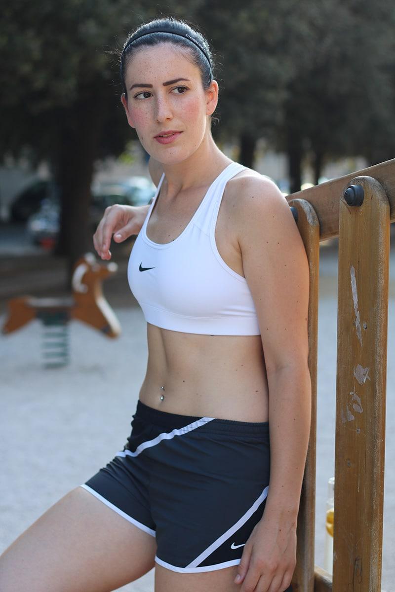 nike-pro-bra-reggiseno-sportivo-outfit-allenamento-al-parco-6