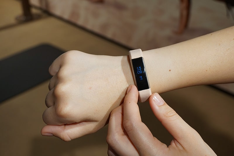 recensione-braccialetto-fitness-fitbit-alta-4