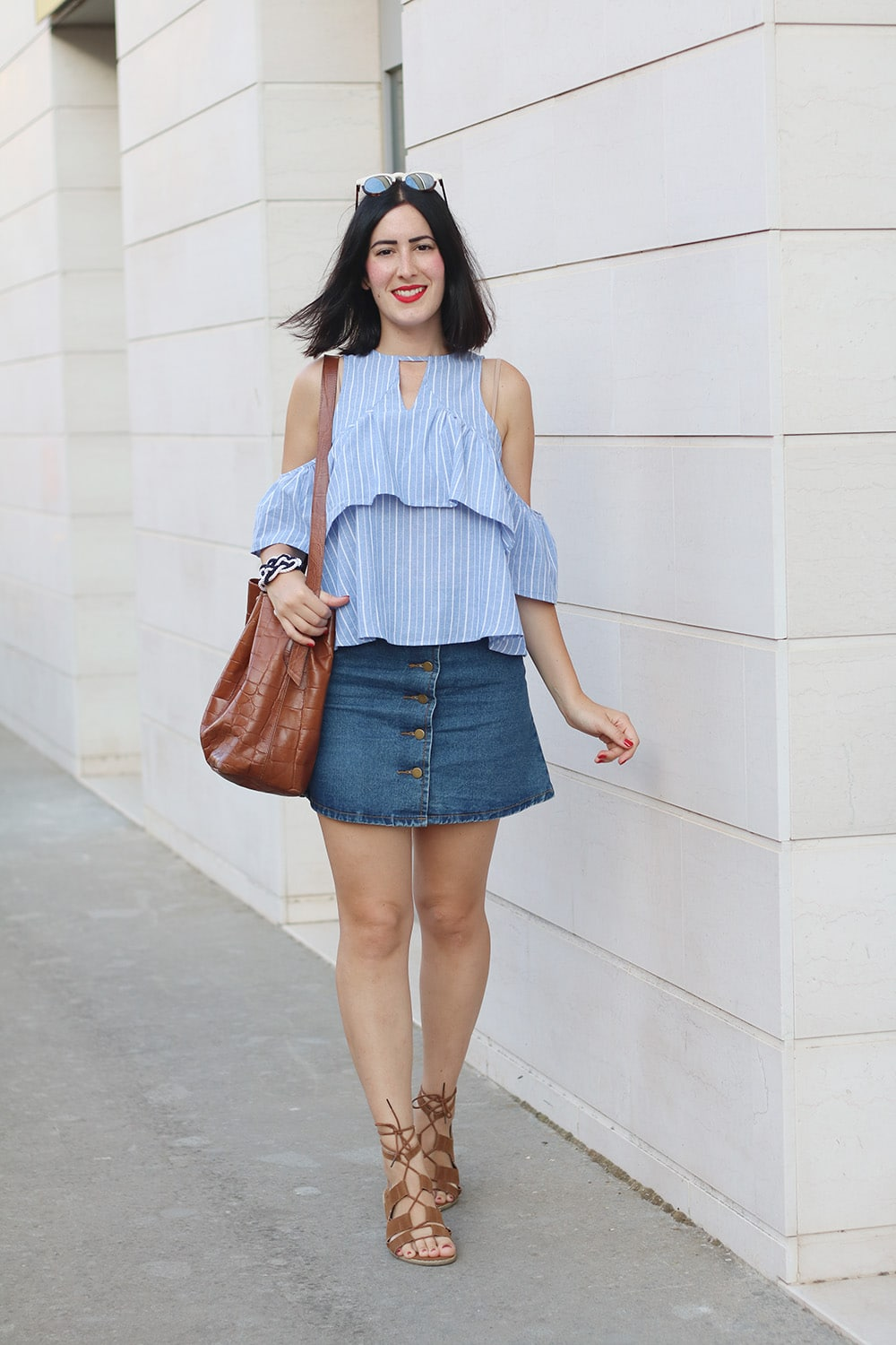 outfit-top-off-the-shoulder-gonna-jeans-shein-1
