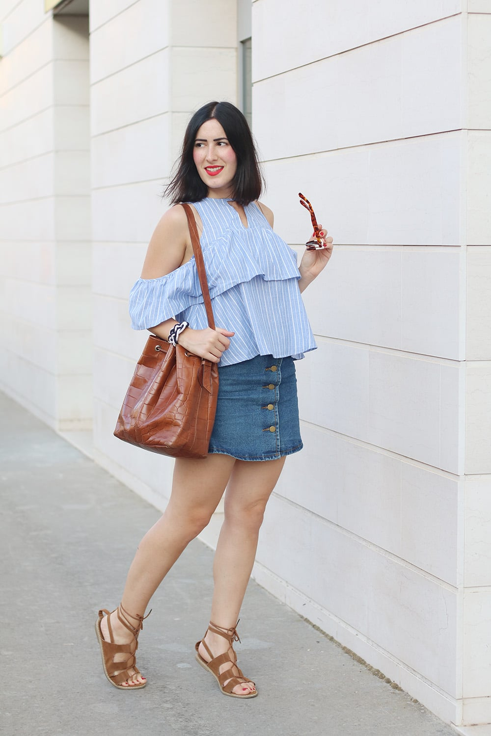 outfit-top-off-the-shoulder-gonna-jeans-shein-2
