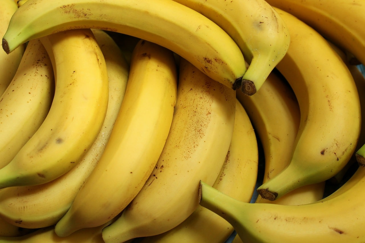 alimentazione post allenamento spuntini banane