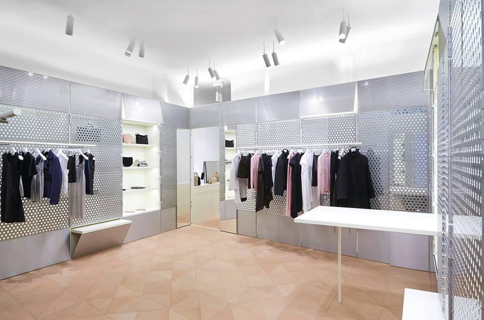 Arredamento negozi for Prisma arredo negozi