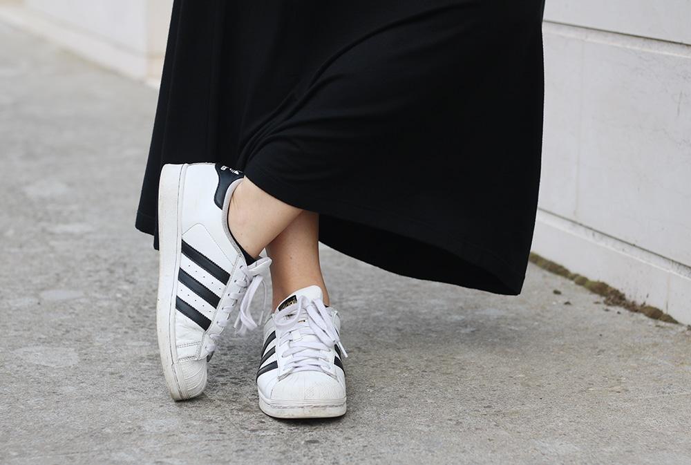 outfit-tendenza-moda-tshirt-sotto-al-vestito-10