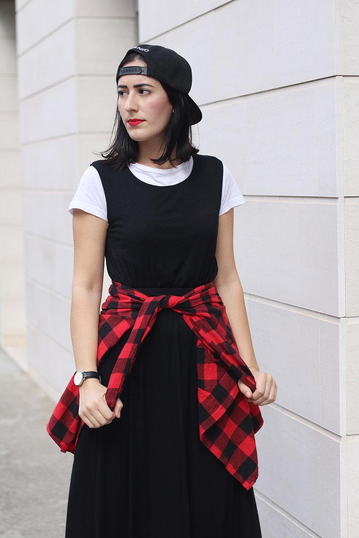 outfit-tendenza-moda-tshirt-sotto-al-vestito-11