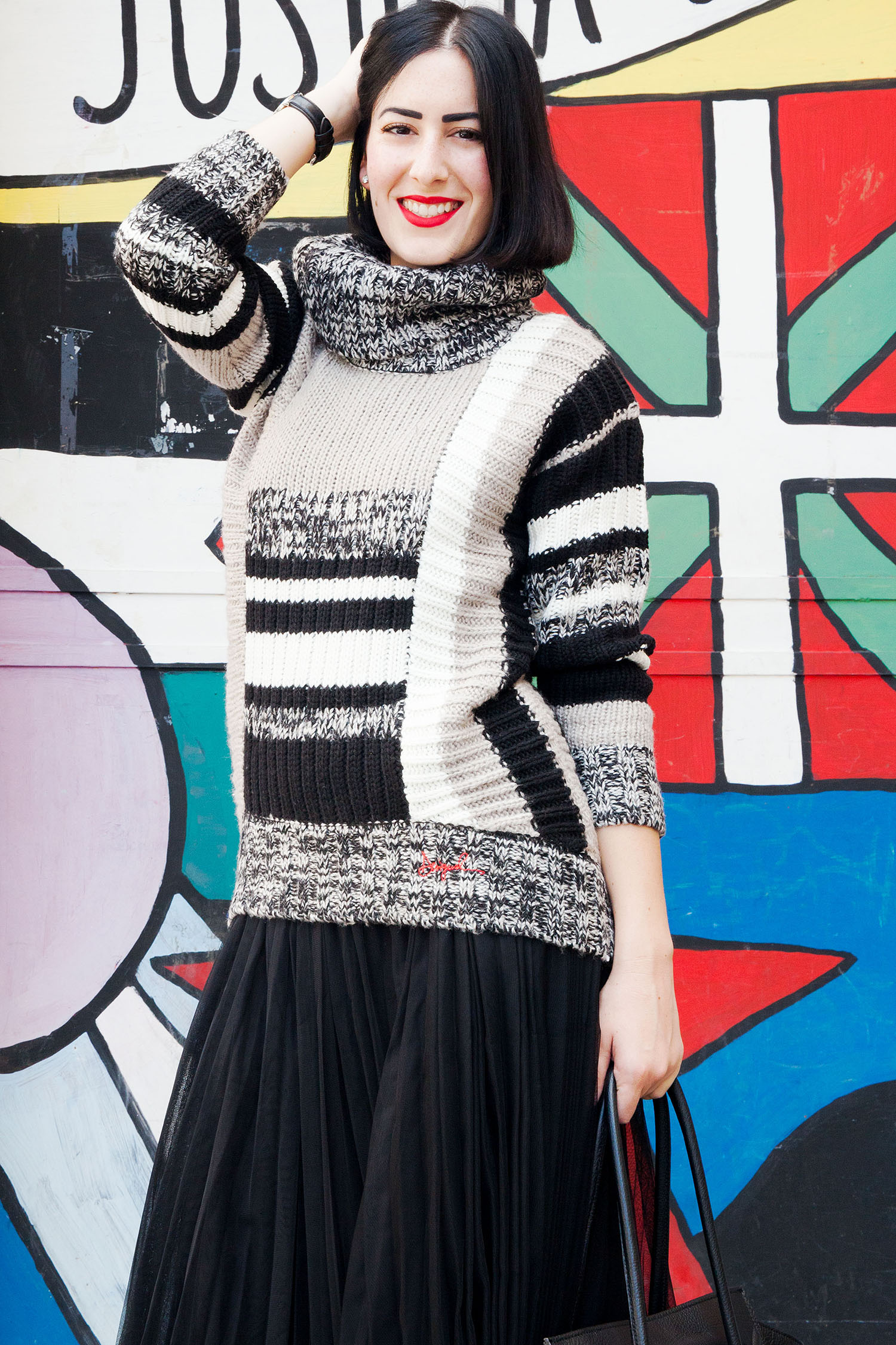 outfit-stile-urban-maglione-desigual-gonna-tulle-5