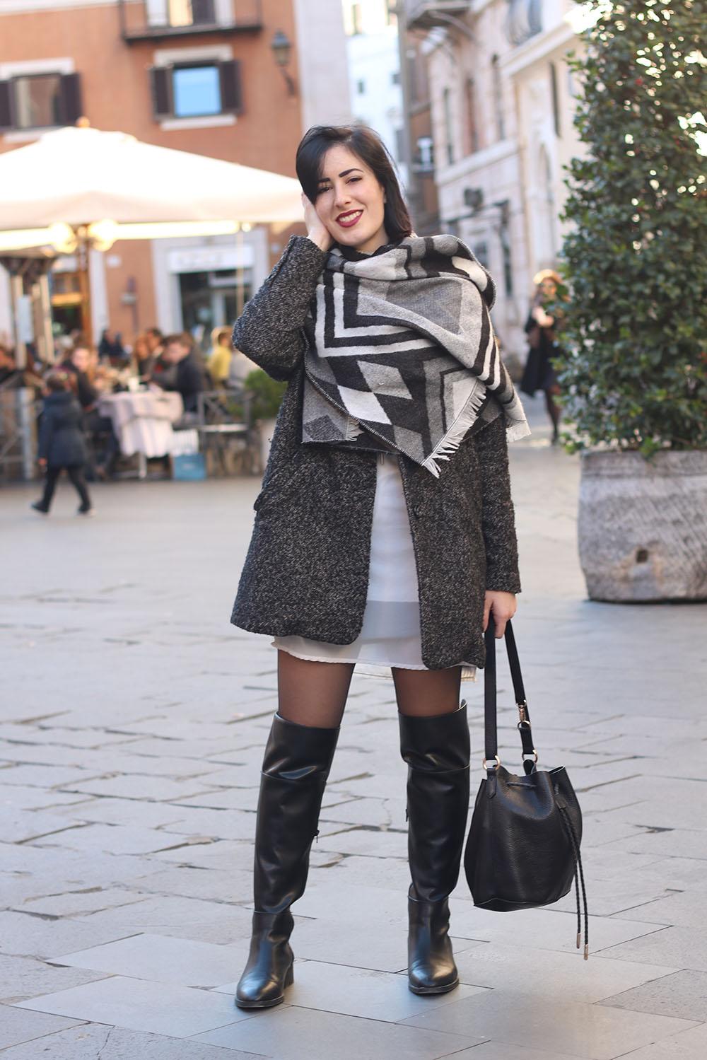 outfit-sciarpa-plaid-stivali-cuissardes-4