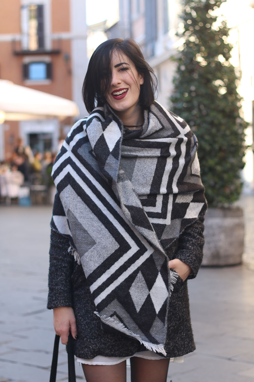 outfit-sciarpa-plaid-stivali-cuissardes-5