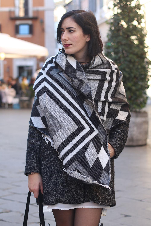 outfit-sciarpa-plaid-stivali-cuissardes-6