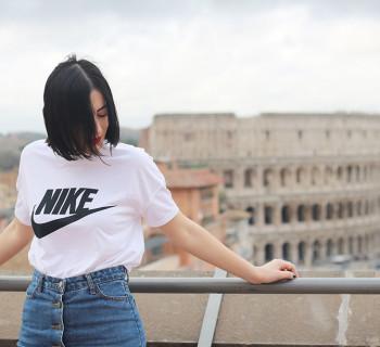 outfit anni novanta tshirt nike