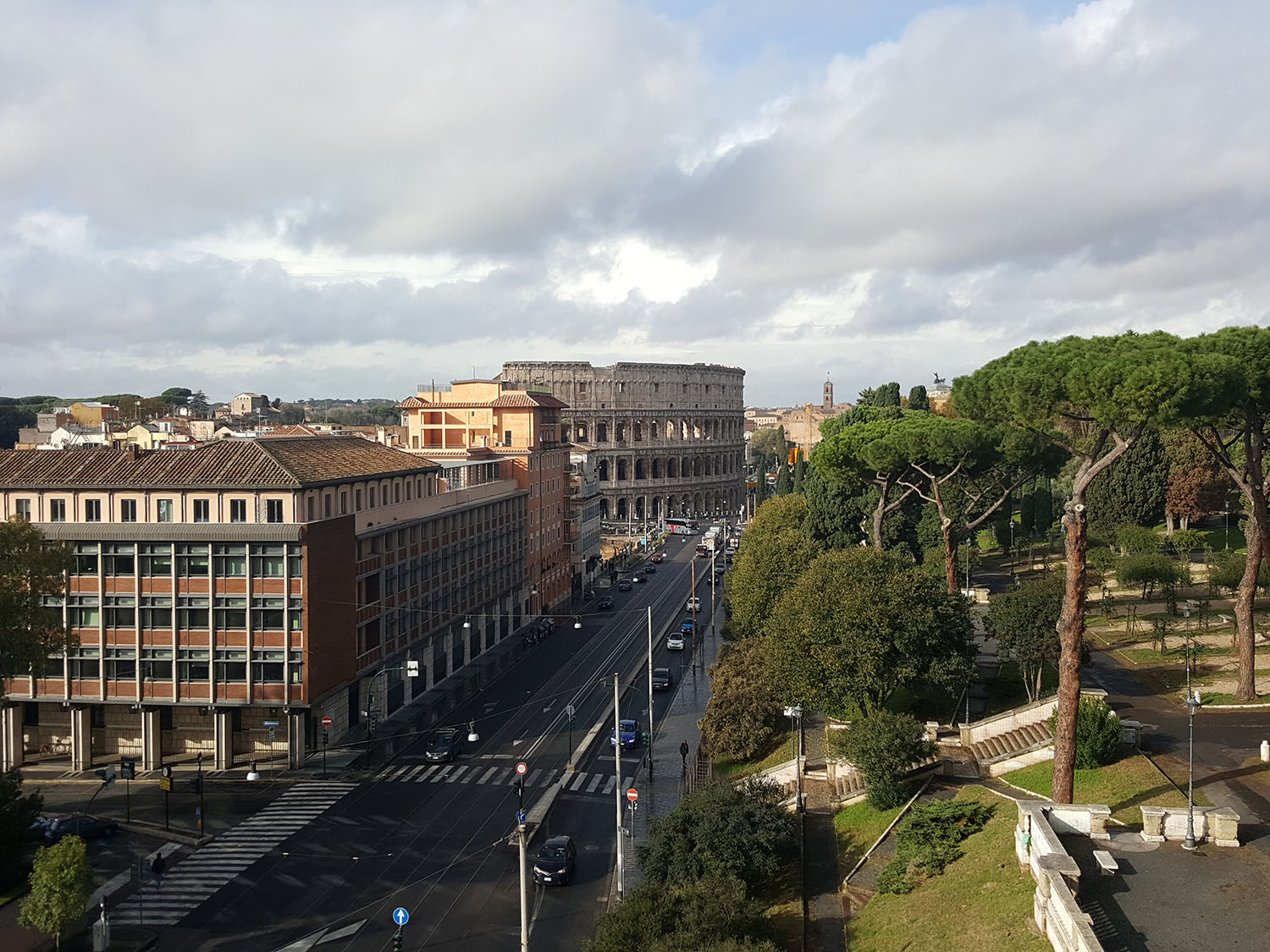 accor-hotels-mercure-roma-centro-colosseo-1