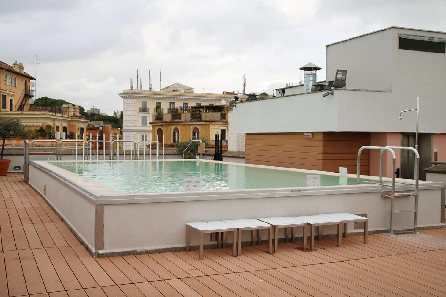 accor-hotels-mercure-roma-centro-colosseo-10