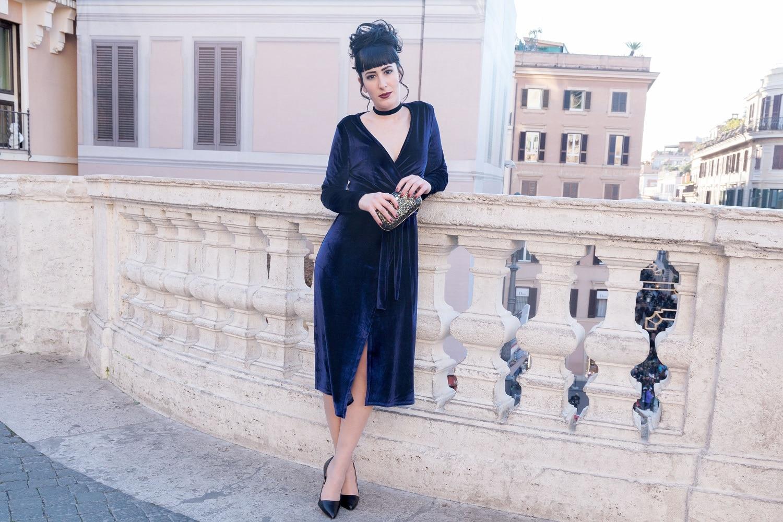 bb7854537d35 Abbinare vestito blu velluto – Abiti alla moda