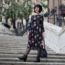 stile parigino outfit vestito fiori basco