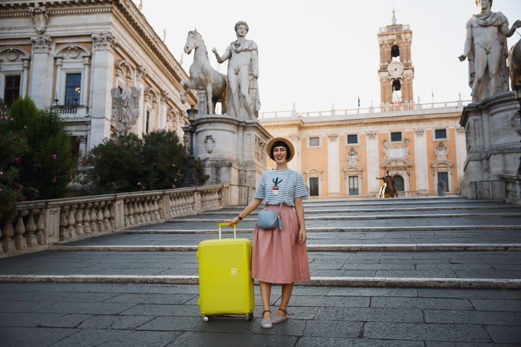 valigia per viaggio all'estero