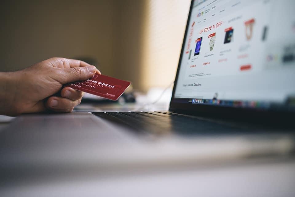 risparmiare sullo shopping online