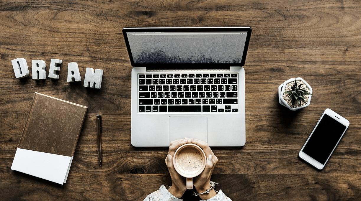 Come lavorare con i social e avere successo online