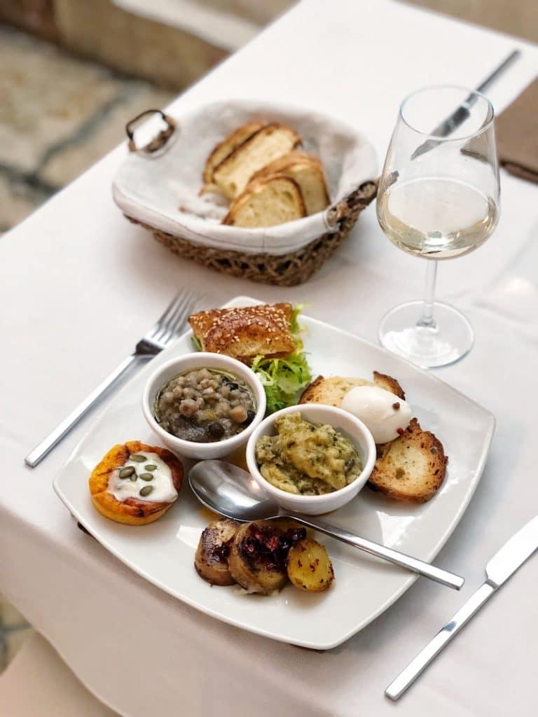 weekend-a-matera-dove-mangiare-ristorante-la-grotta-nei-sassi-1